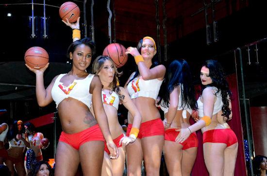 http://www.popnsport.com/wp-content/uploads/2011/11/ricks-basketball-association-1.jpg