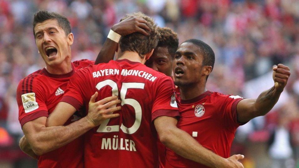 Les joueurs de Bundesliga ont porté un brassard de soutien aux réfugiés
