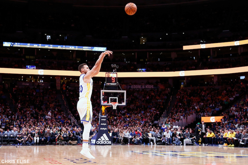 Golden State frappe fort en s'imposant à Houston